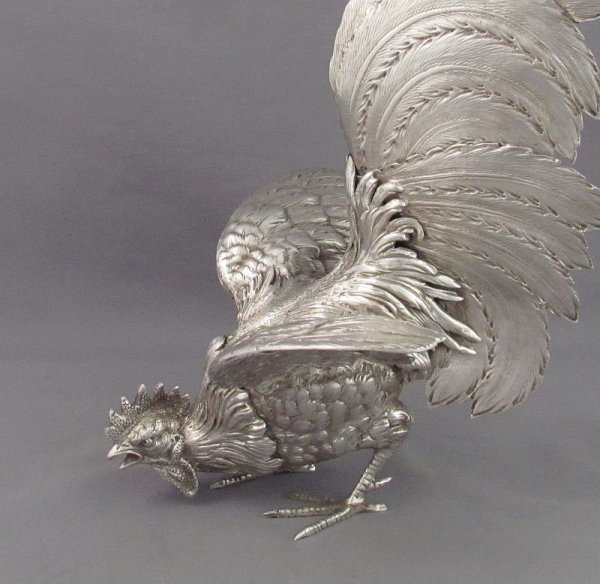 A large pair of .800 silver fighting cocks, Italian c. 1930. Vintage silver table ornaments beautifully modeled in the form of fierce